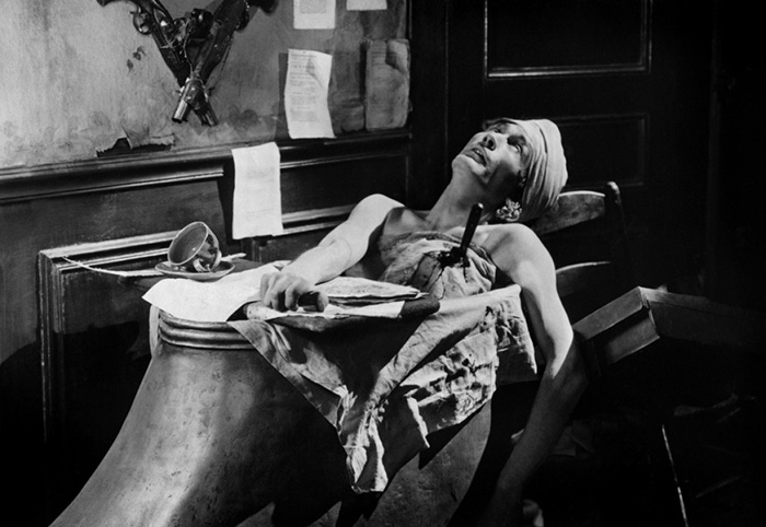 Antonin Artaud em cena de Napoleão , filme de Abel Gance (1927)